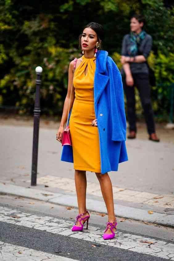 تنسيق اللون الأصفر مع الأزرق