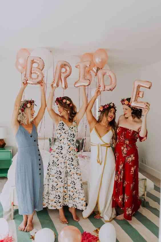 فساتين حنة ملونة لأصحاب العروس