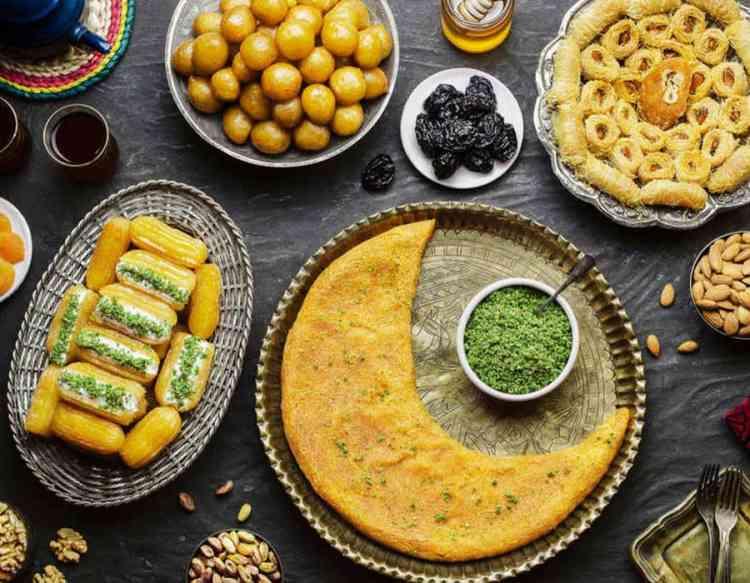 أطباق حلويات في رمضان