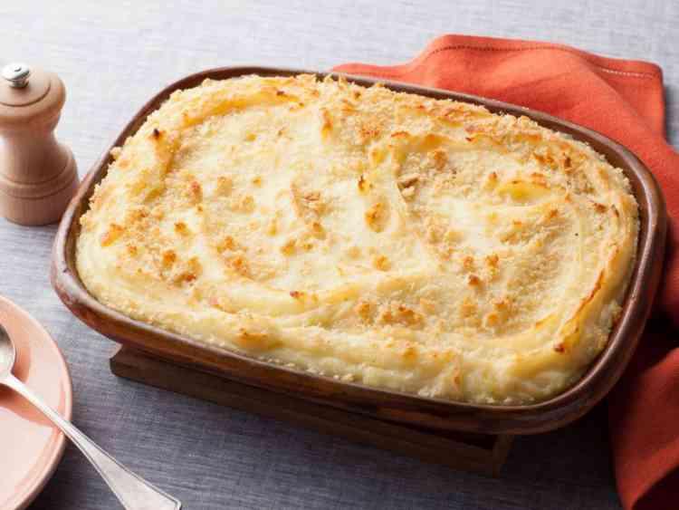 طريقة عمل البطاطس المهروسة بالجبنة