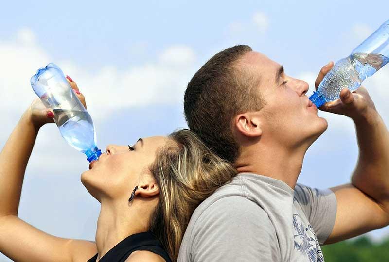 صحة الجسم من تناول المياه