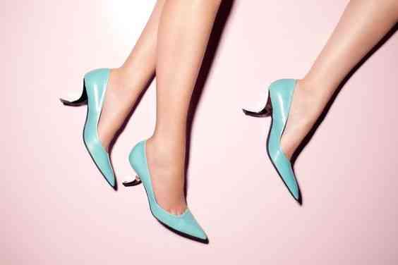 أحذية كعب عالي فصلة