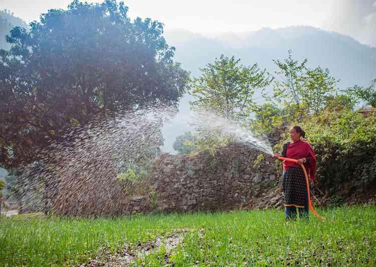 ريفية من نيبال