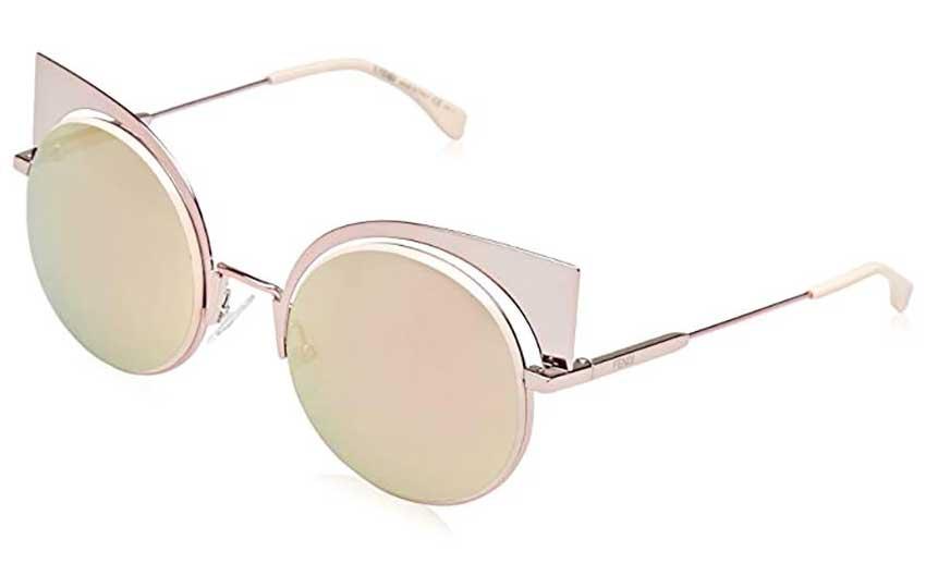 نظارات وردية اللون من فندي