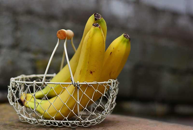 فائدة الموز في التخلص من السموم