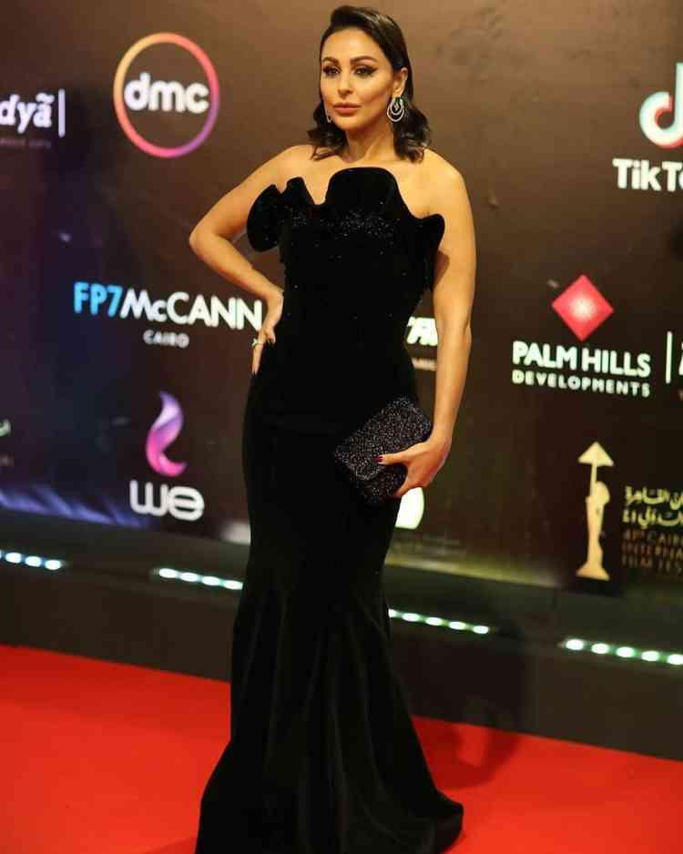فستان ميس حمدان في مهرجان القاهرة السينمائي 2019