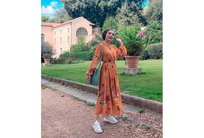 فستان مع كوتشي