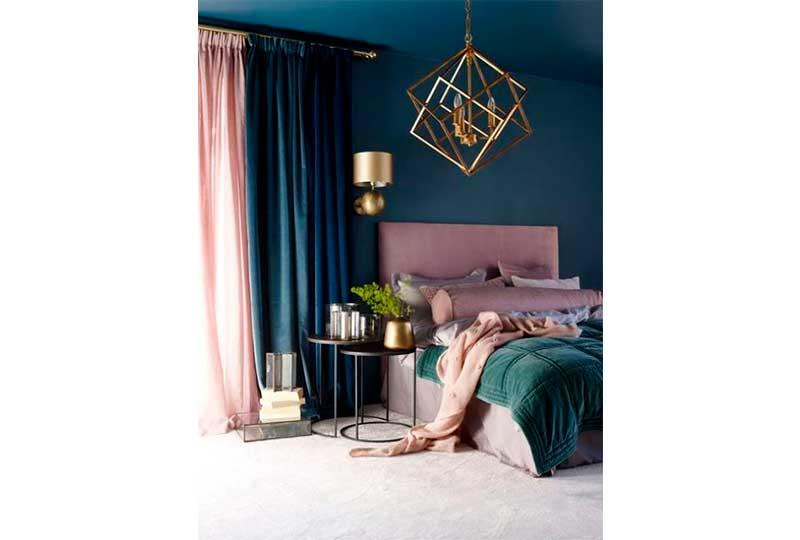 سرير منجد كشمير
