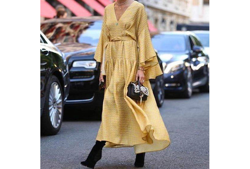 فستان أصفر شيفون