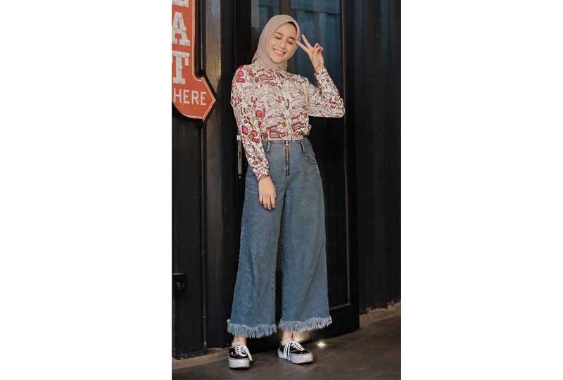 ملابس محجبات كاجوال بنطلونات واسعة جينز