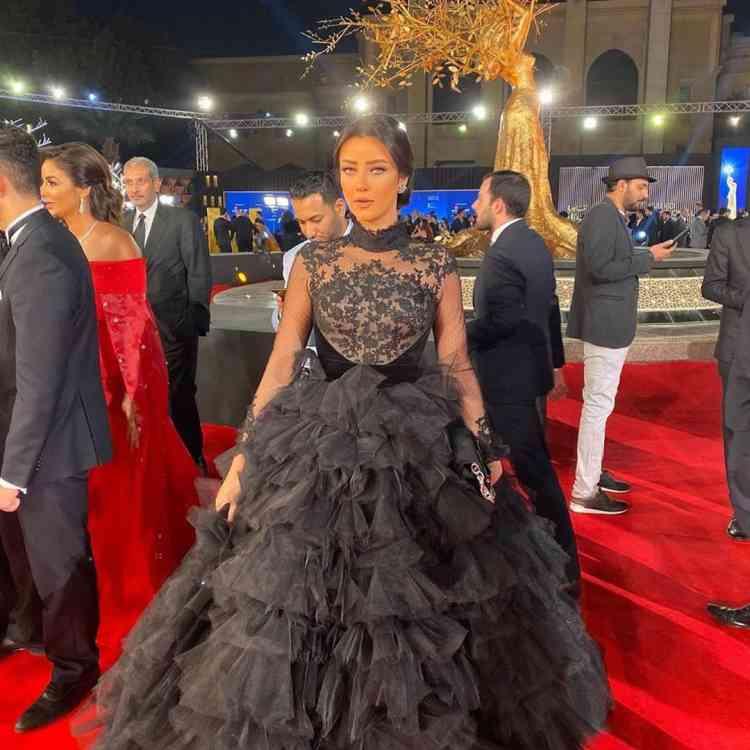 فستان رضوى الشيربيني في مهرجان القاهرة السينمائي 2019