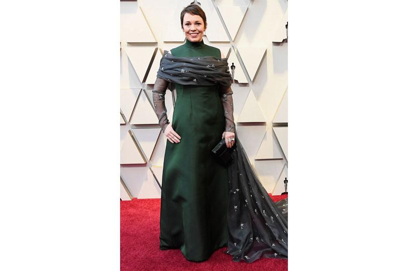 فساتين الأوسكار 2019 فستان أوليفيا كولمان