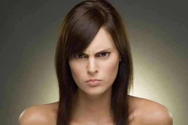 لغة الجسد علامات الغضب