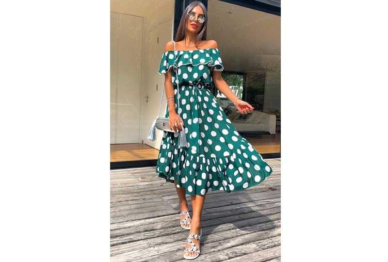 ملابس كاجوال للعيد فستان أخضر بالبولكا دوتس