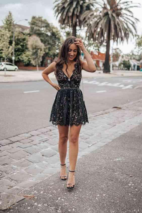 أنواع الفساتين Mini Dress