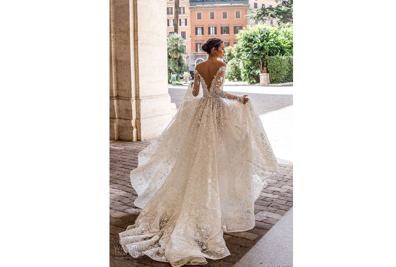فستان زفاف مُناسب لستايل الفرح