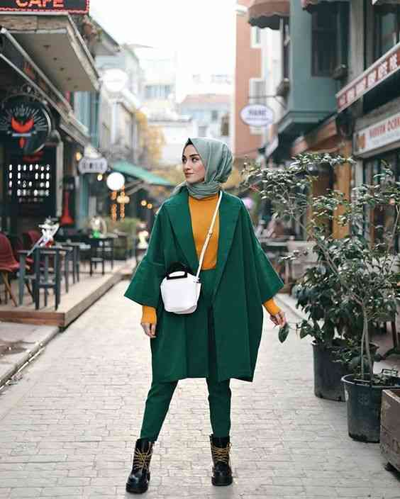 أزياء محجبات تركية باللون الأخضر