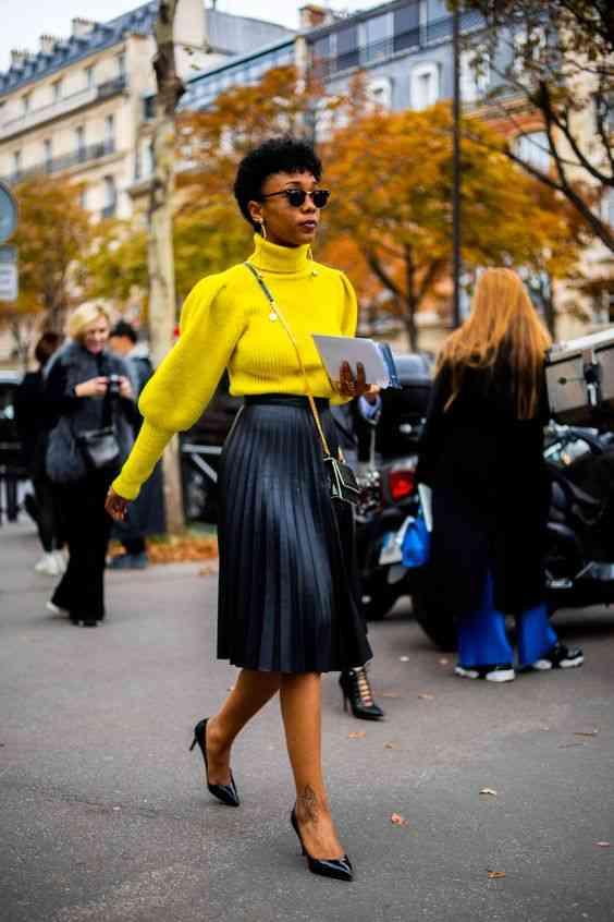 اللون الأصفر مع الأسود