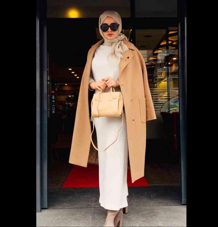 أزياء محجبات تركية بالطو وفستان طويل