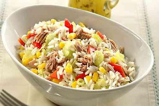 أرز مسلوق بالتونة