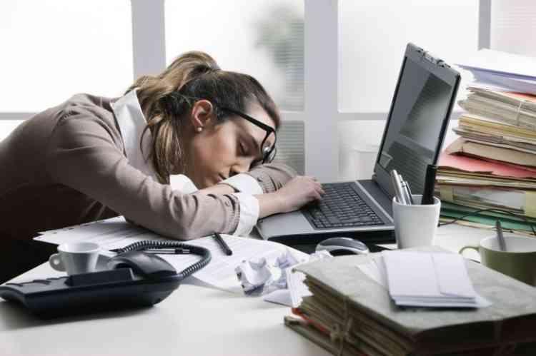 نصائح لتخبر مديرك أنك تعمل أكثر من اللازم