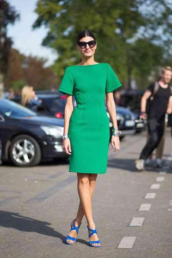 أنواع الفساتين فستان ضيق عند الخصر