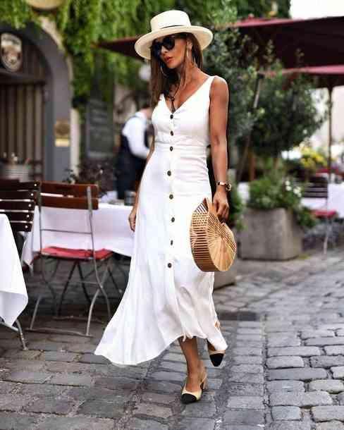 موضة صيف 2020 فستان أبيض بحمالات