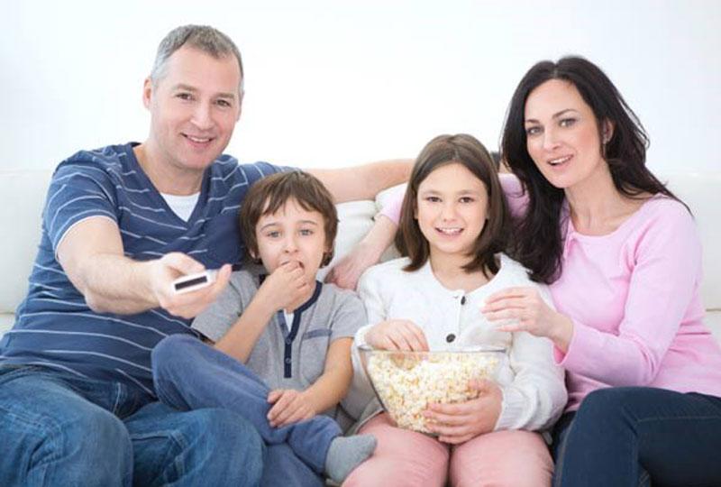 سهرة عائلية للاحتفال بالعيد في المنزل