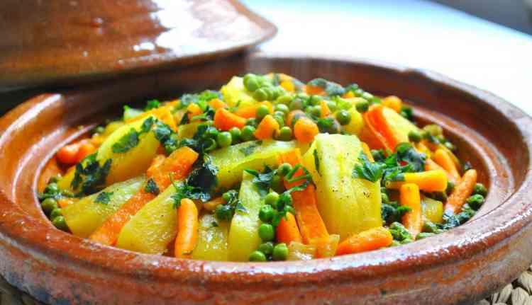 طاجين مغربي بالخضر