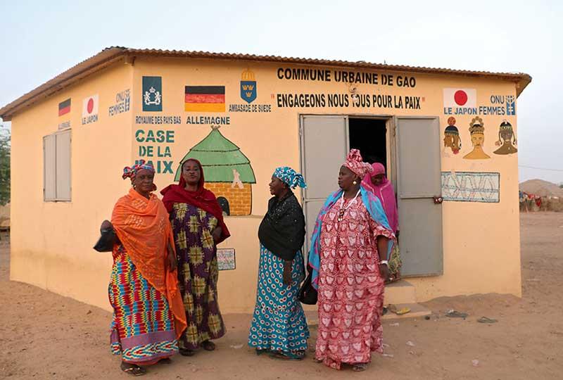 كوخ نساء السلام في مالي