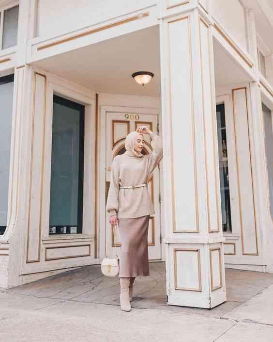 إطلالة بسيطة كلاسيكية للحجاب