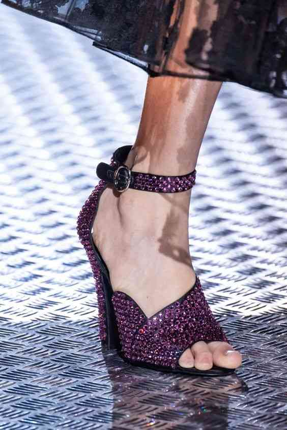 أحذية شتاء 2020 حذاء لامع باللون الموف