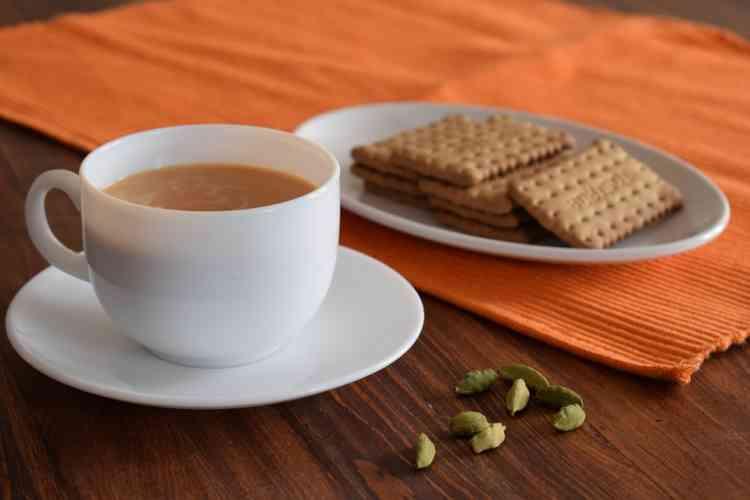 طريقة عمل بسكويت الشاي بالزيت