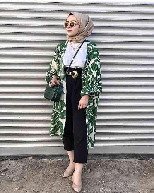 أزياء محجبات تركية كيمونو مشجر