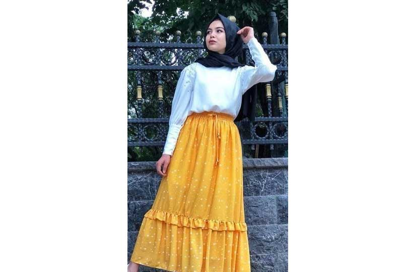 ملابس محجبات كاجوال تنورة صفراء