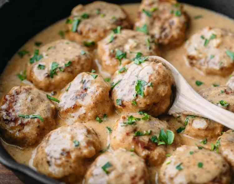أكلات جديدة طريقة عمل كرات الدجاج بالكريمة