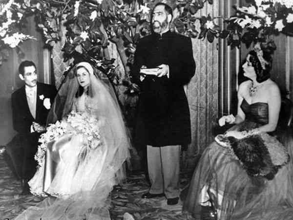 خلافات الملكة نازلي والملك فاروق