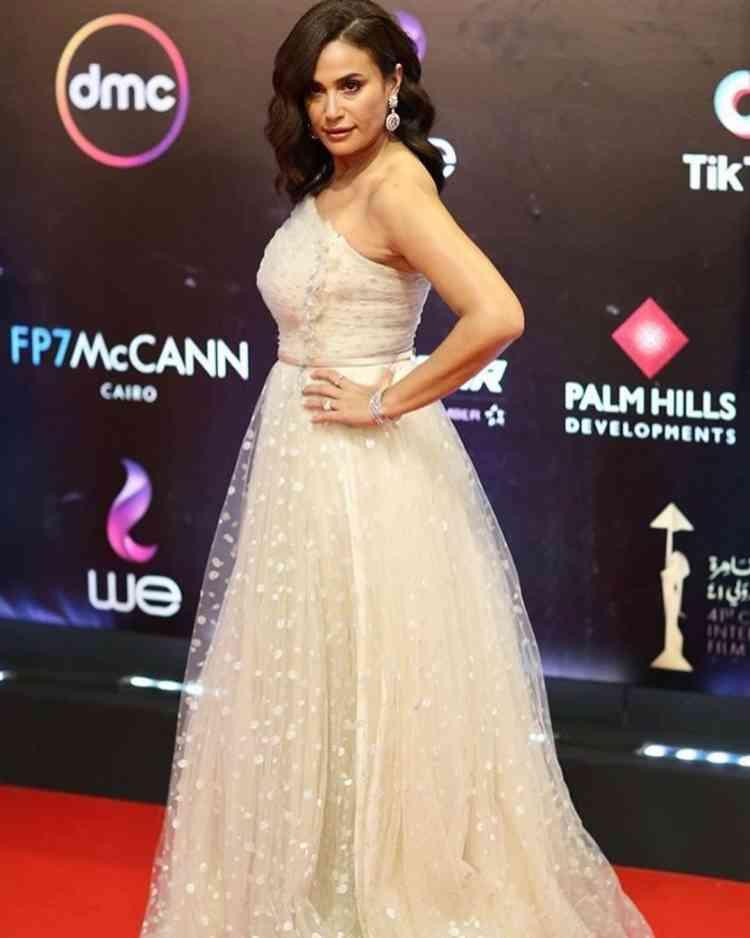 فستان هند صبري في مهرجان القاهرة السينمائي 2019