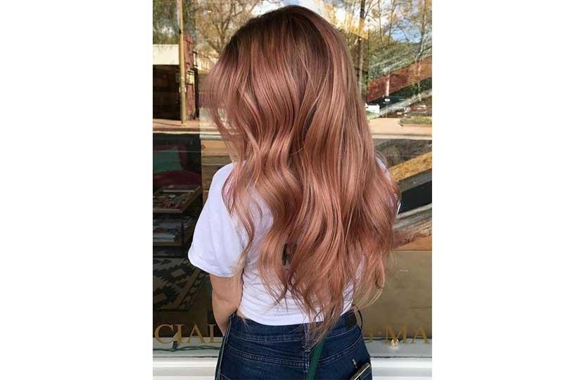 ألوان صبغات الشعر اللون الزهري الترابي للشعر الطويل