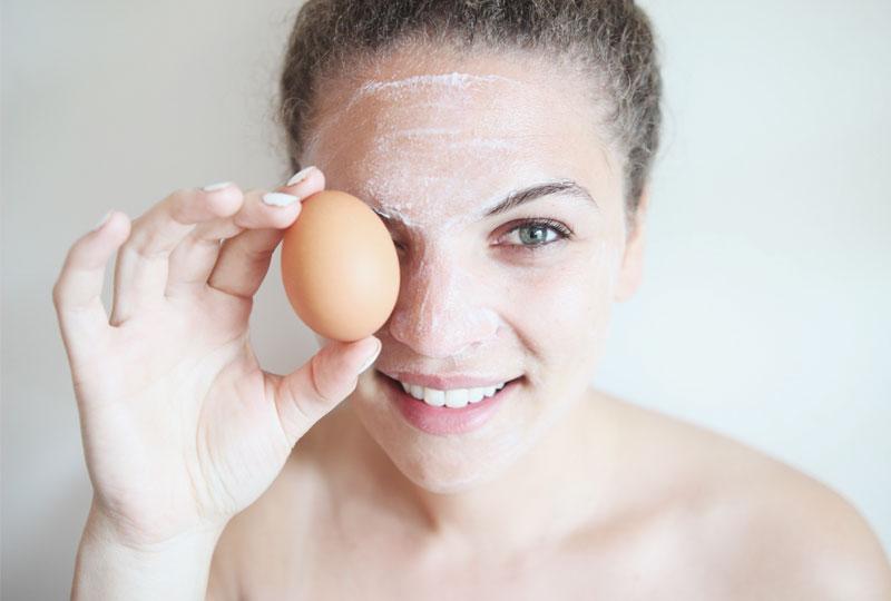ماسكات البيض لتفتيح بشرة العروس