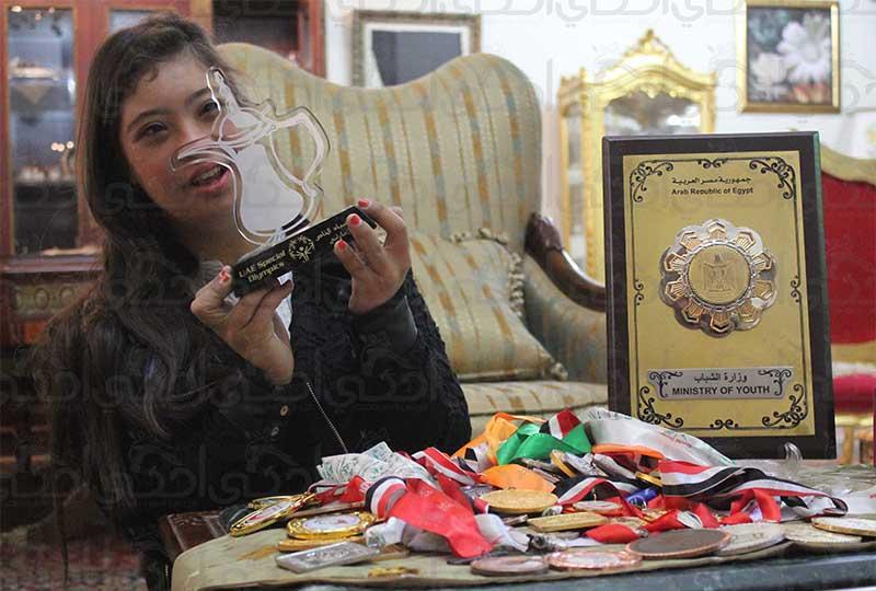 رحمة خالد مع الجوائز