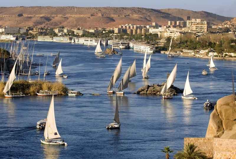 مدن عربية سياحية بيروت أسوان
