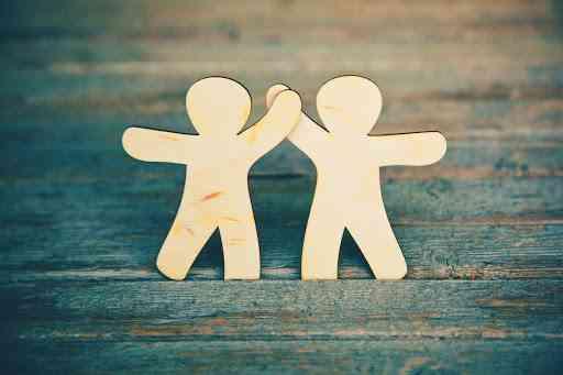 أهمية الشجاعة في العلاقات العاطفية