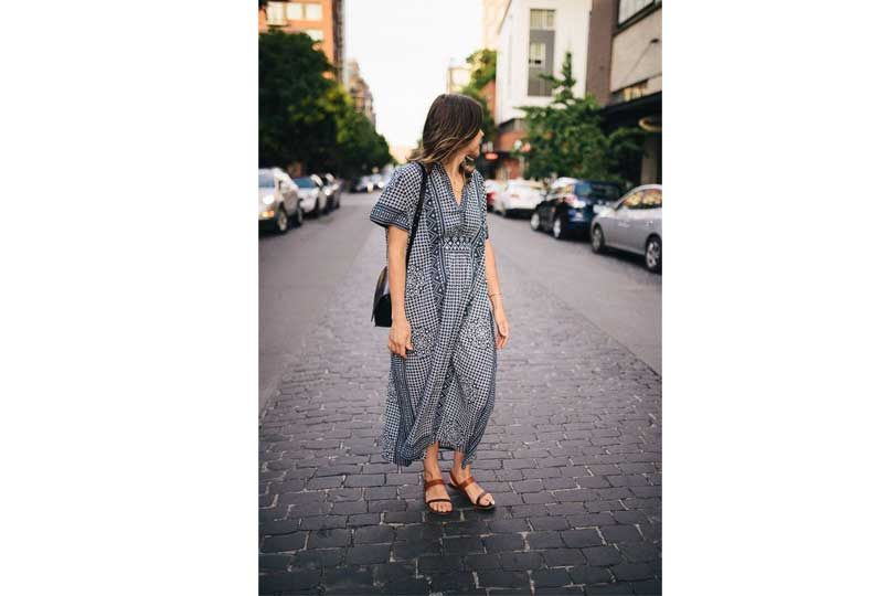 فستان بنصف كم طويل