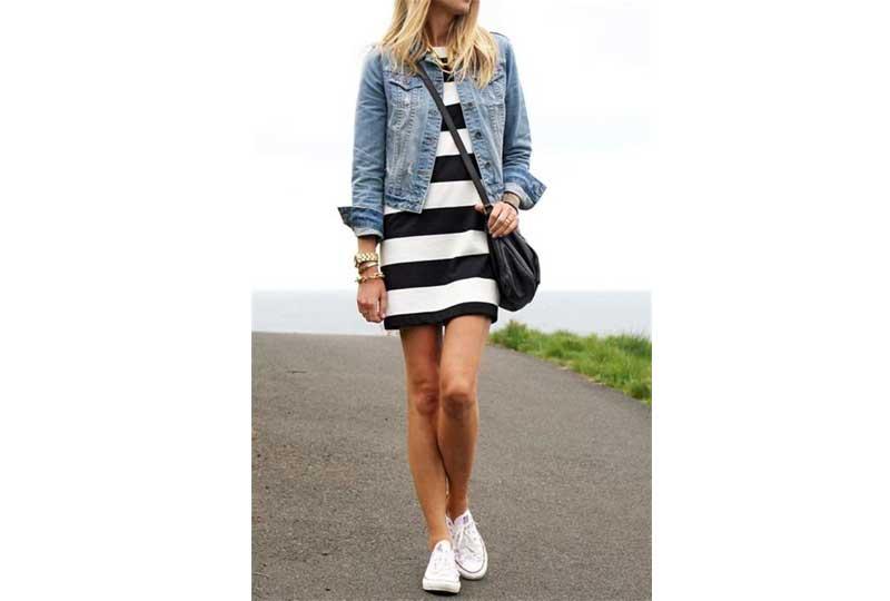 جاكيت جينز وفستان قصير