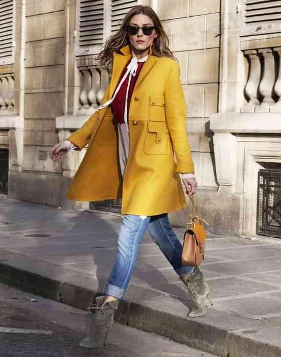 الأصفر الداكن في الملابس