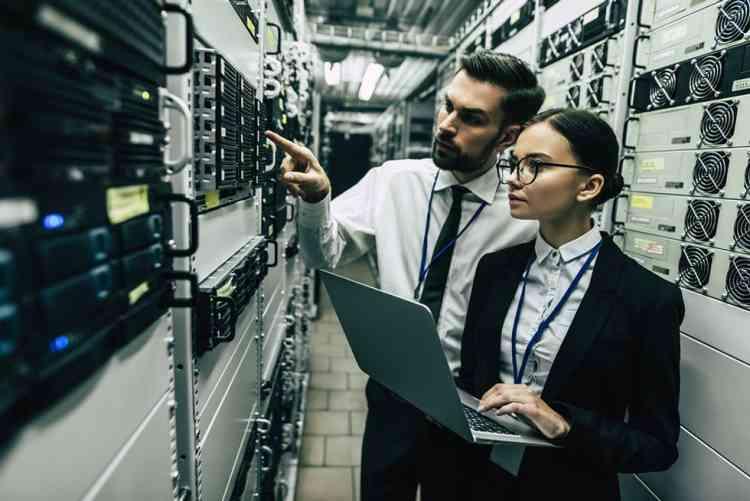 أعلى وظائف أجرا للنساء في 2020 مديرة نظم معلومات