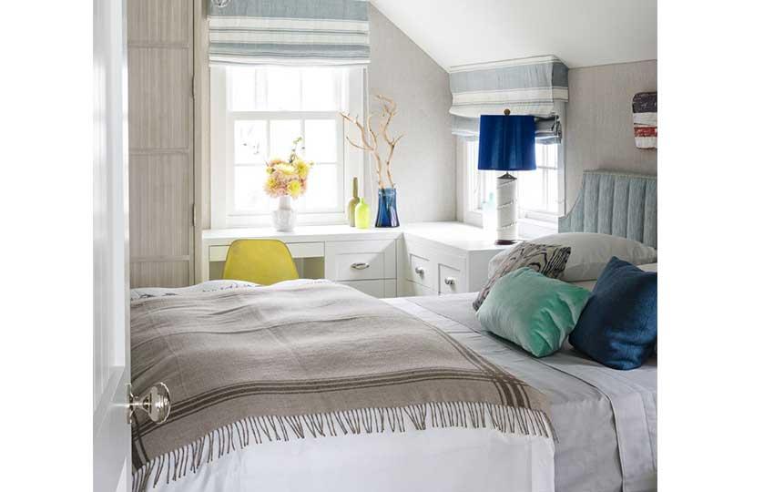 اختيار القطع الصغيرة في غرف النوم ذات المساحة الصغيرة
