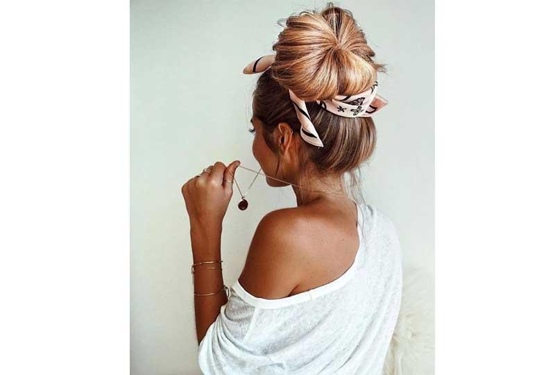 تسريحات شعر للشعر الخفيف كعكة شعر مرفوعة