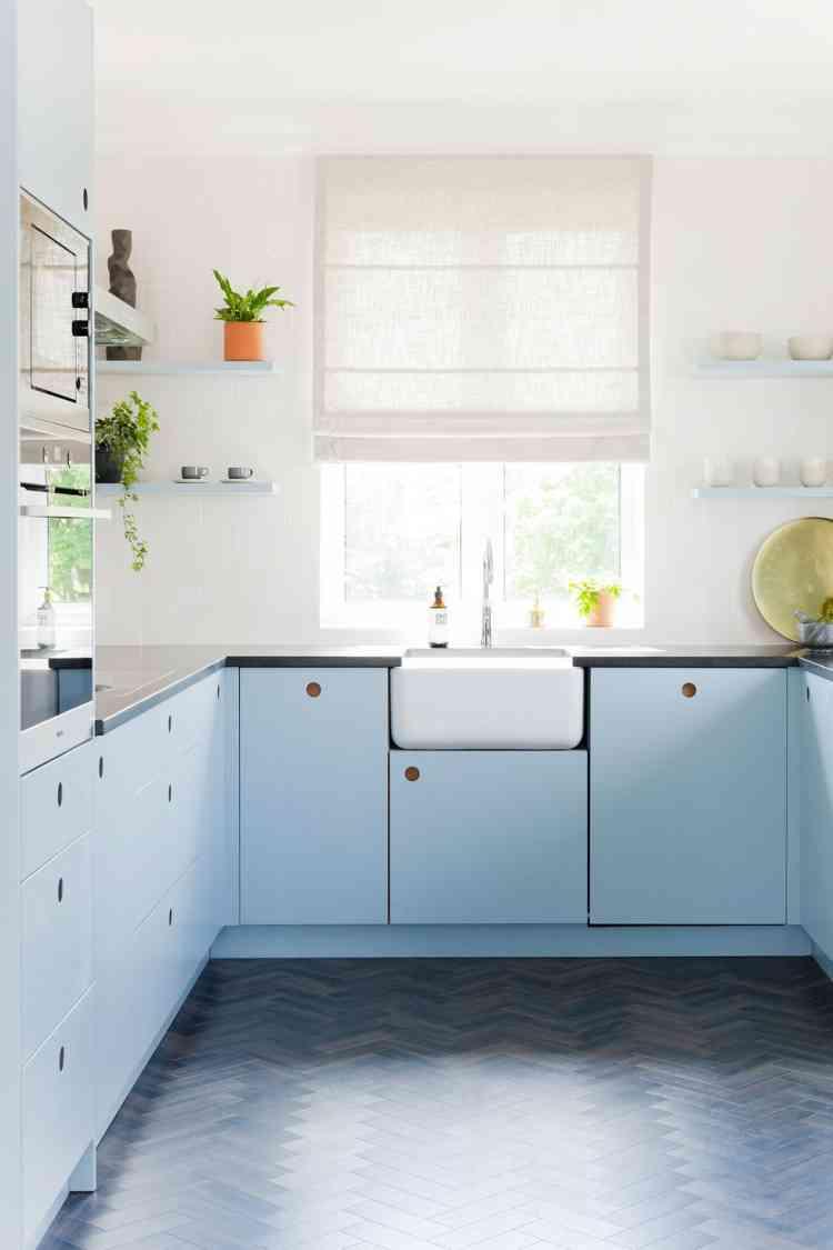 الأزرق السماوي واحد من ألوان الباستيل التي تناسب المطبخ